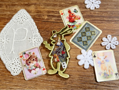 DIY教學分享 ❤️ 自製Alice風滴膠小飾物 。 100YEN店好用UV GEL