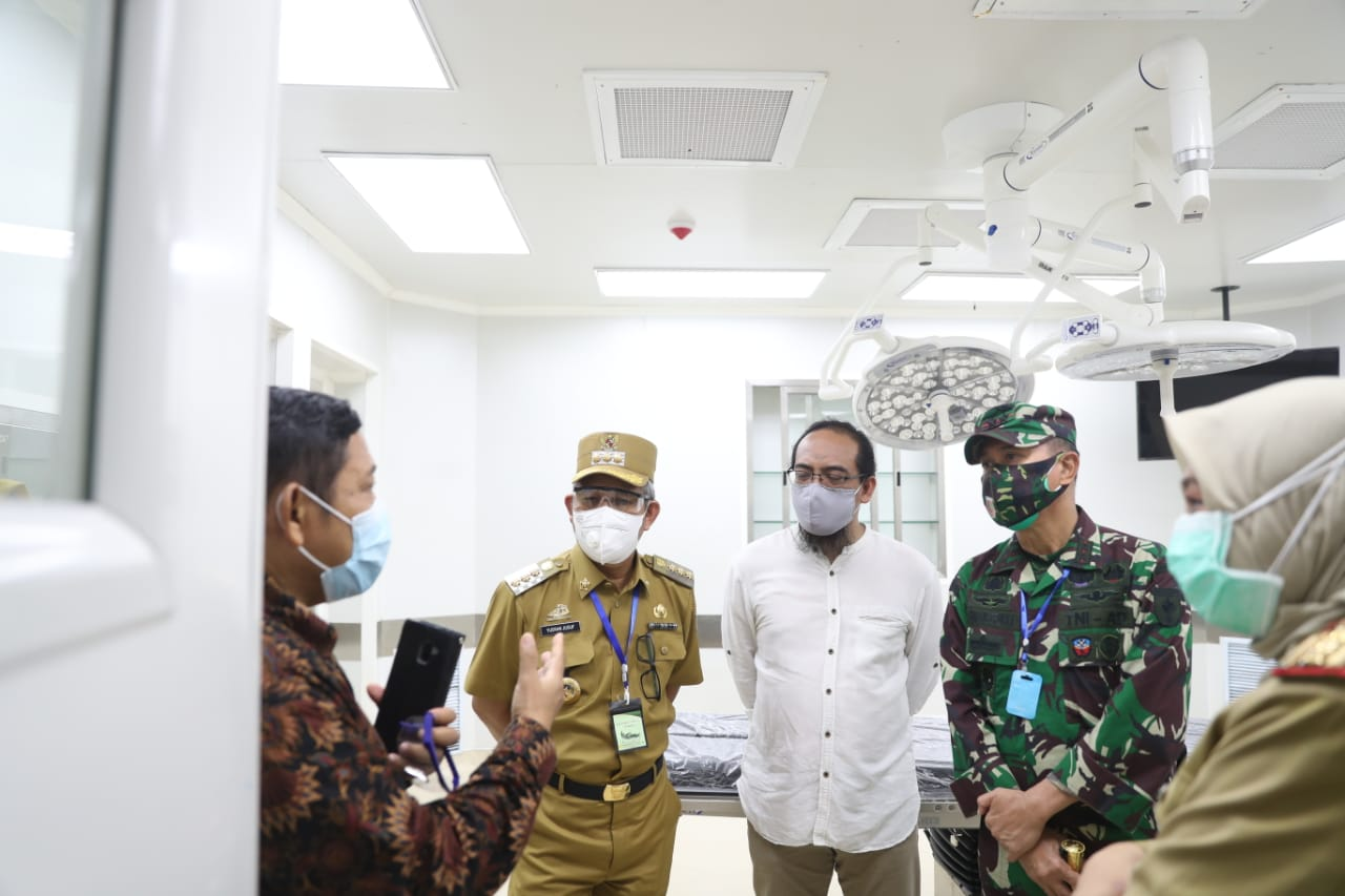 Pangdam dan Pj. Wali Kota Makassar Pantau Penanganan Covid-19 di RSUD Daya