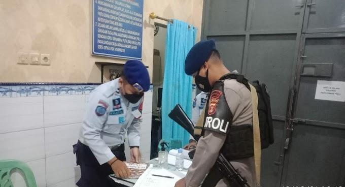 Sampaikan Himbauan Kamtibmas dan Protokol Kesehatan, Patroli Brimob Kaltim Kunjungi Beberapa Lembaga Pemasyarakatan di Kota Samarinda