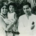 with Manorama (wife) Vaneeta(daughter) 1963.jpg