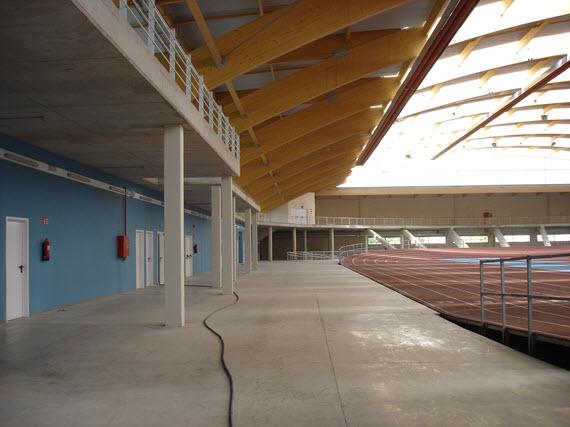 Las obras de la pista cubierta de atletismo de Gallur