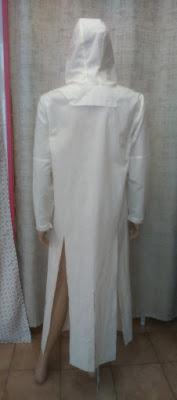 Toile complète de la veste steampunk dos. Capuche amovible attachée par deux boutons