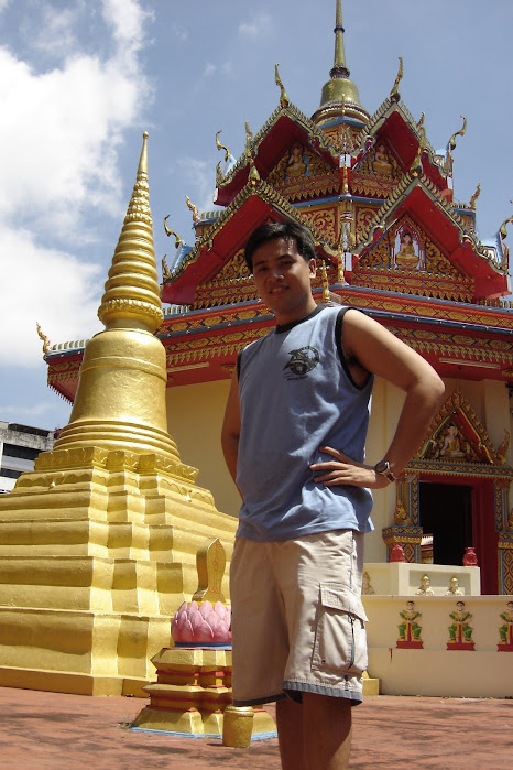 PauTravels at the Thai Temple in Penang