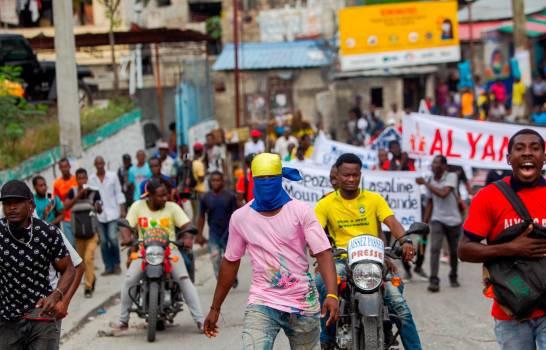Matan un joven en Haití durante protesta contra su presidente