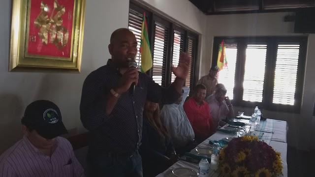 Política de Interés:John Anderson es juramentado candidato a Diputado por Samaná en el Partido Cívico Renovador.