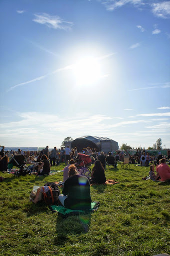 Perfect weather for a day out at feastival
