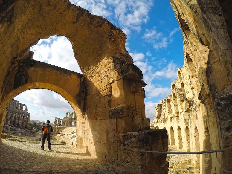 Visitar EL JEM, o maior coliseu romano em África que testemunha as glórias do império romano | Tunísia