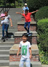 Jumping down the ledges at the Italian garden