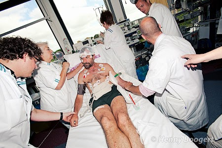 Wim Hof undergoing medical tests about his special abilities to withstand extreme cold and heat.