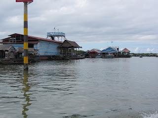 0031Tonle_Sap_Lake_Floating_Village