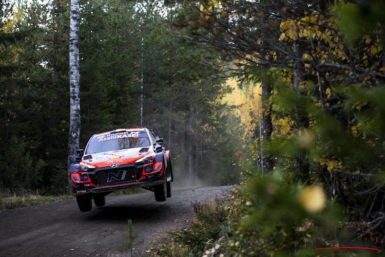 Thierry Neuville blijft ook na tweede dag aan de leiding in Rally van Spanje