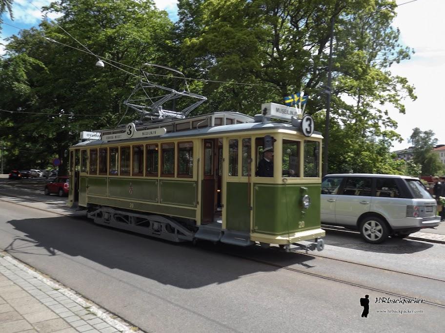 Stari tramvaji njeguju tradiciju u gradu.