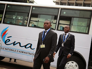 Kinshasa collation des grades de 60 dipl m s de la for Dans banga paroles