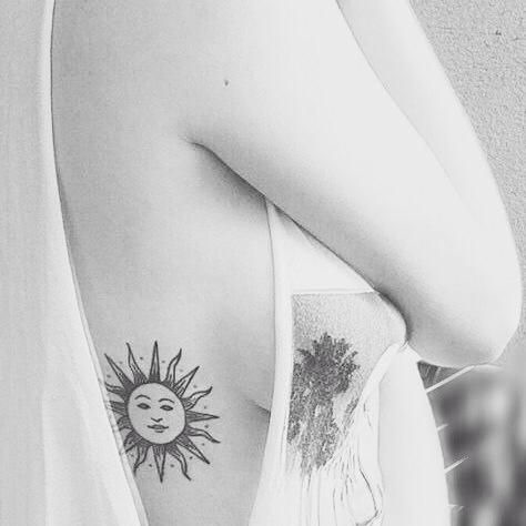 sol_side_boob_tatuagem