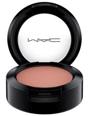 MAC_MAC_In_Monochrome_VelvetTeddySet_EyeShadow_SoftTeddy_white_72dpi_1