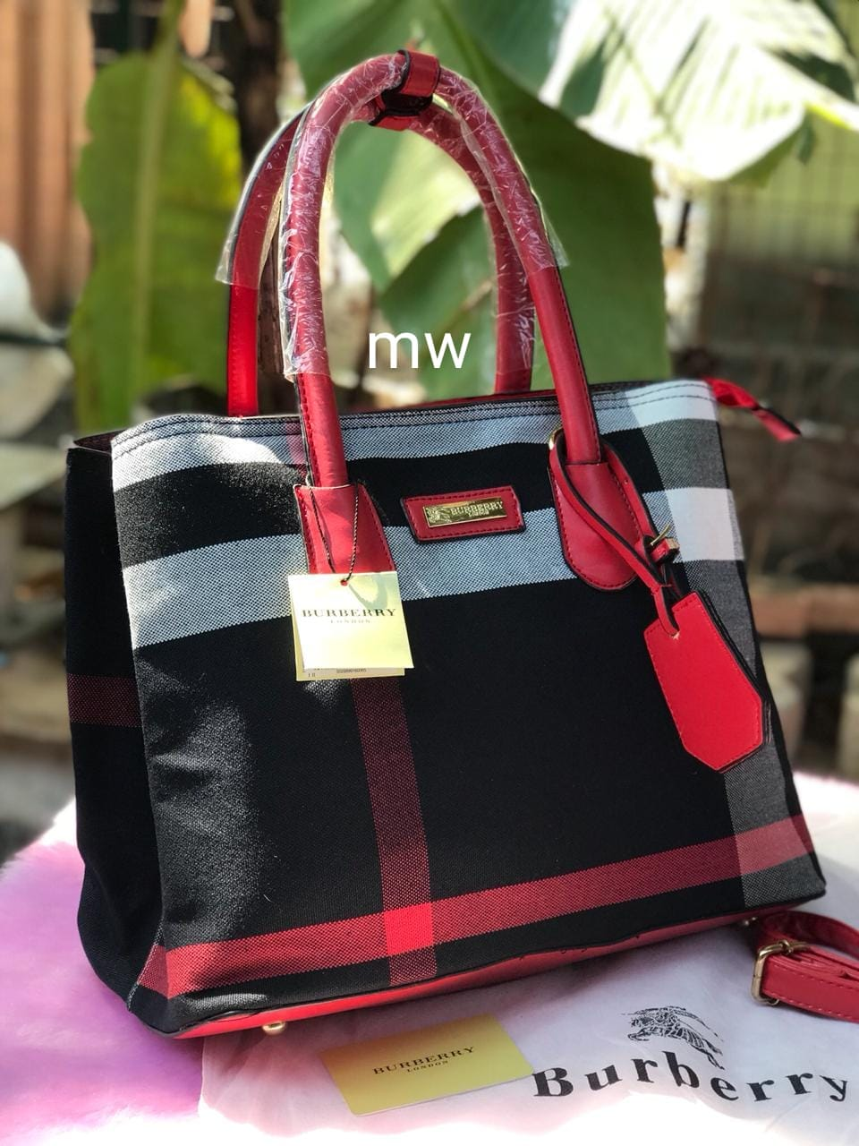 8ed5712677c1 Branded Products  Burberry Bags