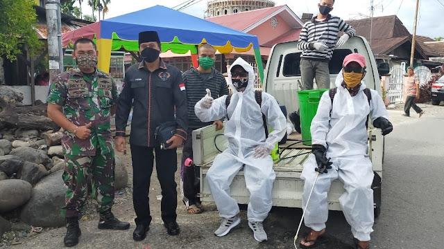 Foto: Dasman. Lakukan Aksi Nyata Atasi Covid-19, Anggota DPRD Kota Padang Apresiasi Bamus Pauh V.