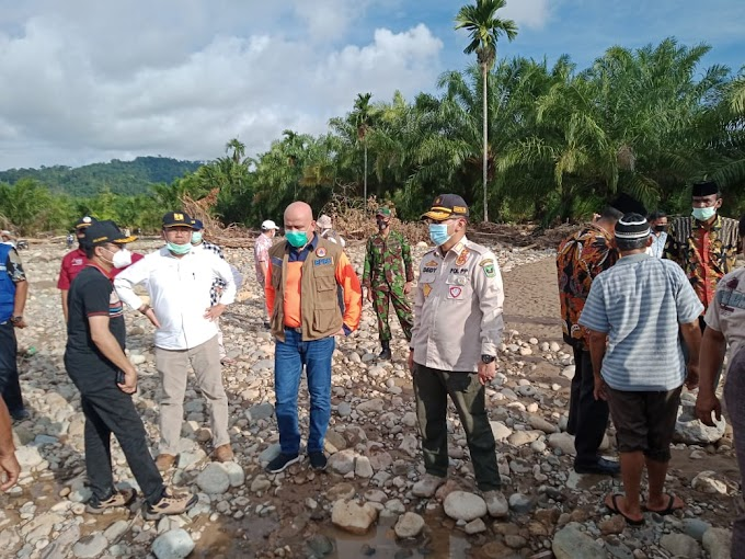 Danramil 01/Pancung Soal Dampingi Gubernur Sumbar Tinjau Lokasi Banjir