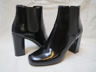 Saint Laurent Chelsea Booties
