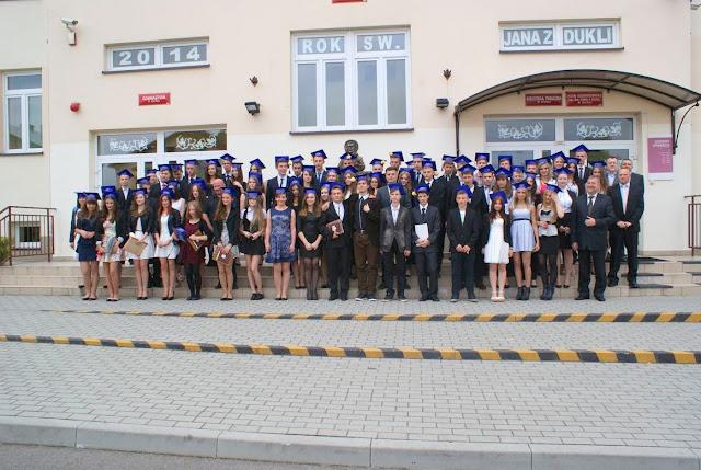 Pożegnanie klas 3 gimnazjum - DSC03183_1.JPG
