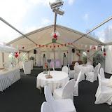 Bruiloft Danielle en Sjoerd feesttent Scharnegoutum