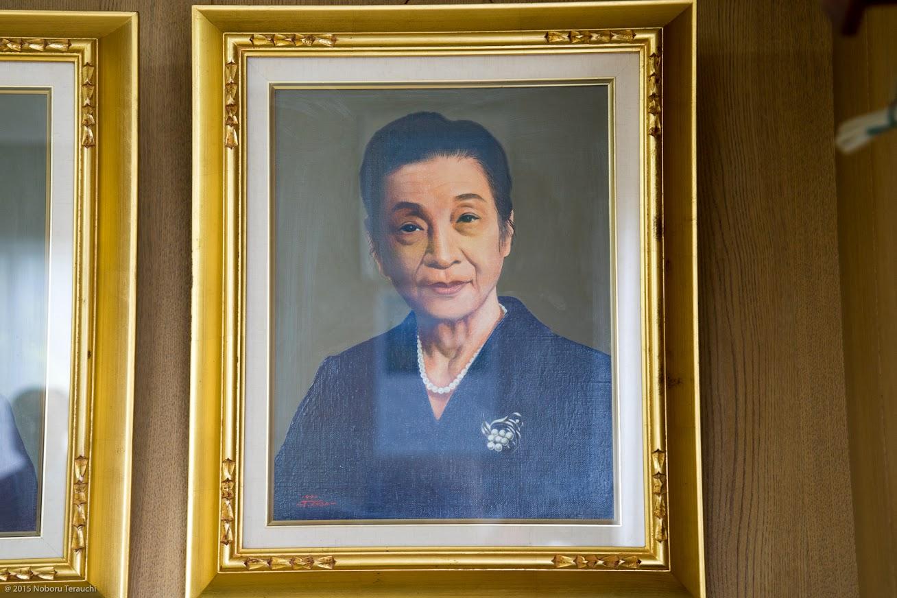 房尾の妻・藤岡静江