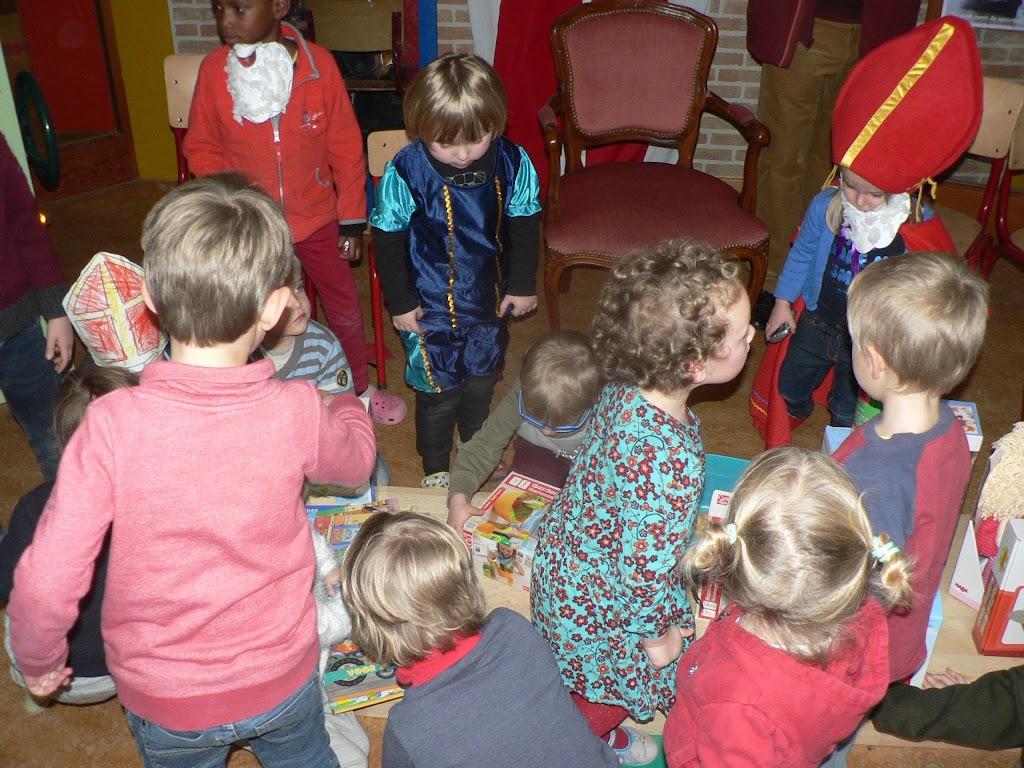 Sinterklaas op bezoek - P1270339.JPG