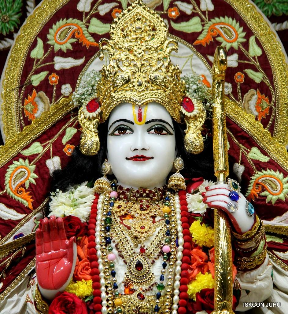 ISKCON Juhu Sringar Deity Darshan on 2nd Jan 2017 (26)