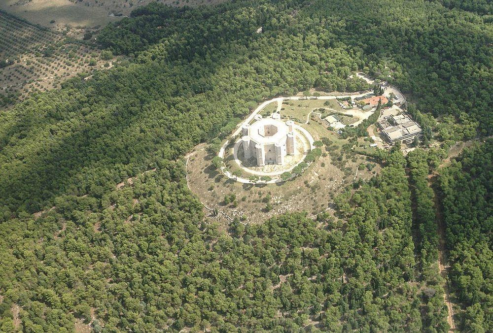 castel-del-monte-6