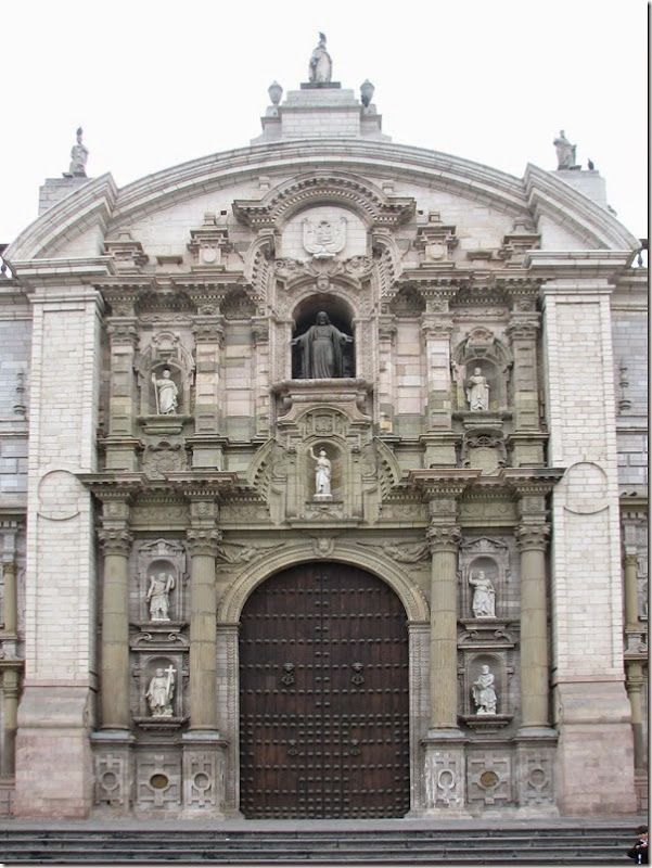 Lima_Cathedral_Main_facade