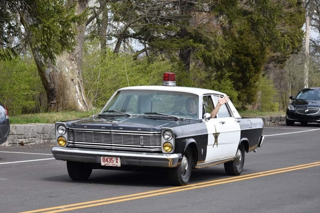 1965 Ford Galaxie police / sheriff car. Hire OH 43512