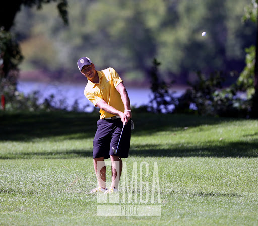 Tyler McMorrow pitching to the 10th green during US Amateur Sectional Qualifying at St. Cloud Country Club on Monday July 22nd. McMorrow posted a 2 round ... : us amateur sectional qualifying - Sectionals, Sofas & Couches