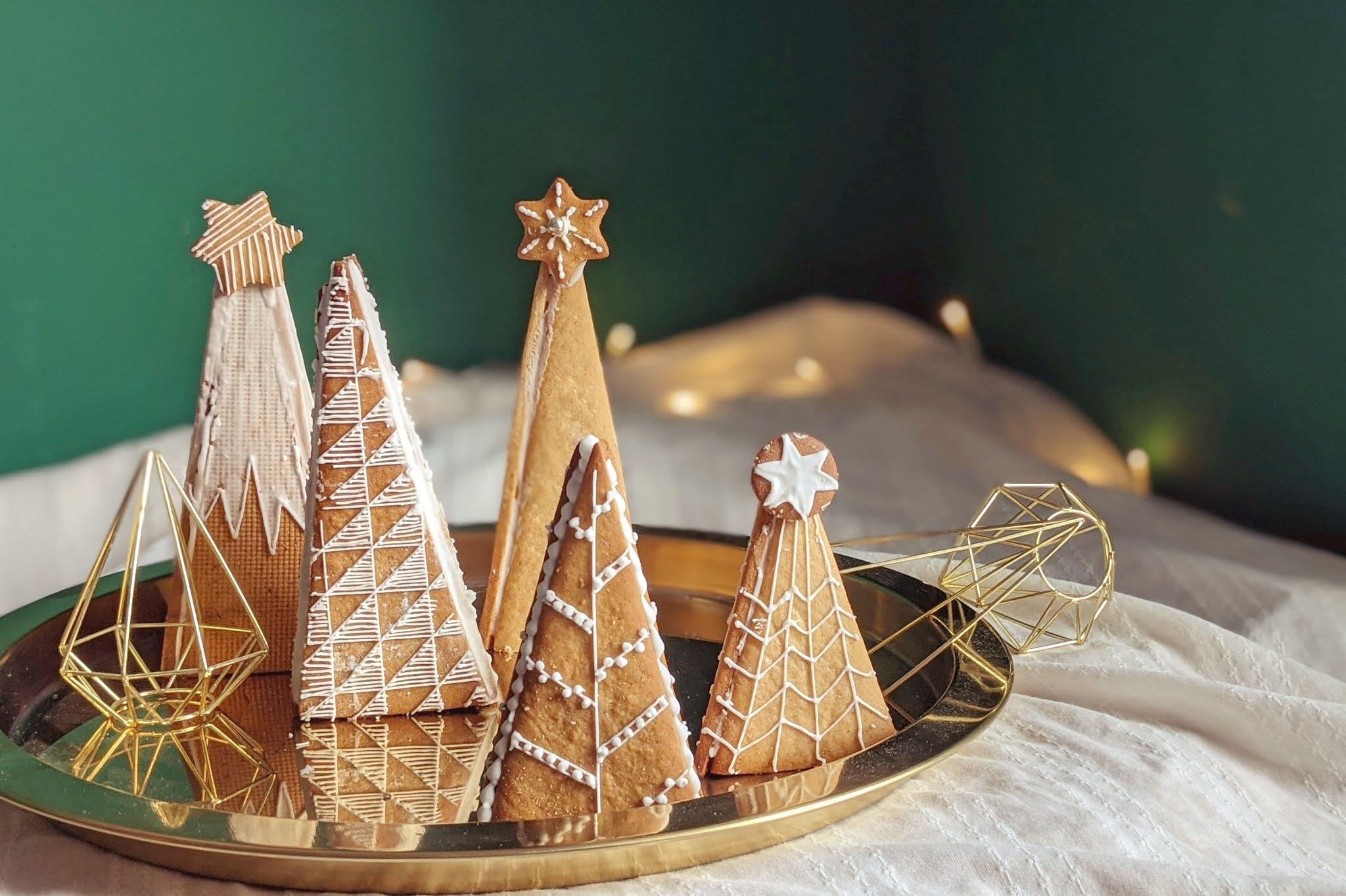 Feine Lebkuchen-Weihnachtsbäume - Rezept von Käthes Kekse | SCCC 2020: Türchen Nr. 9
