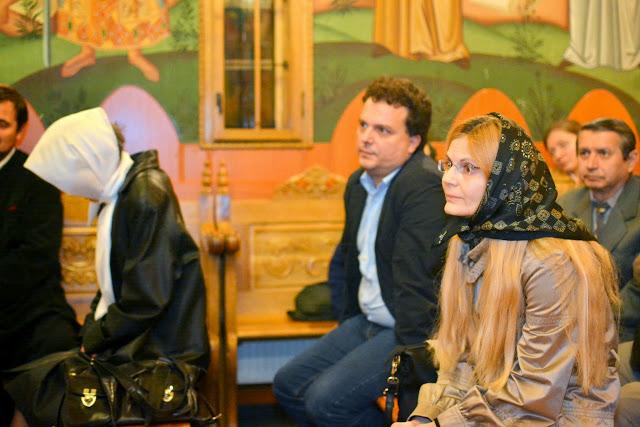 pr.prof. Marian Vild - Sfanta Euharistie - (27)