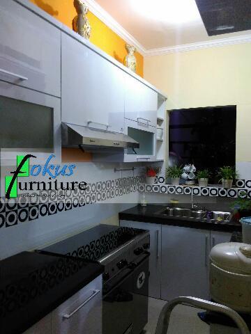 kitchen set di cibubur kota wisata