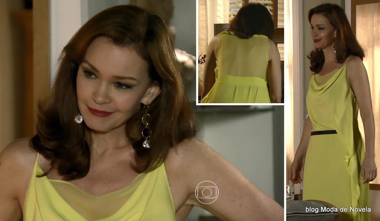 moda da novela Em Família - look da Helena dia 23 de maio de 2014