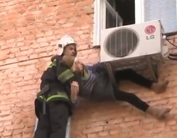 Photo video how 97 year old woman was rescues after for 2 year old falls out of window