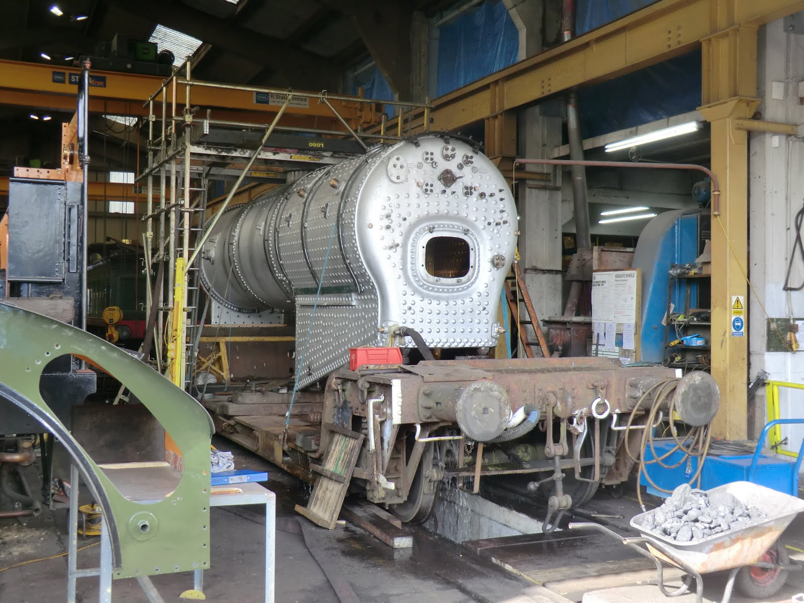 CIMG6220 Engine repairs at Sheffield Park loco shed