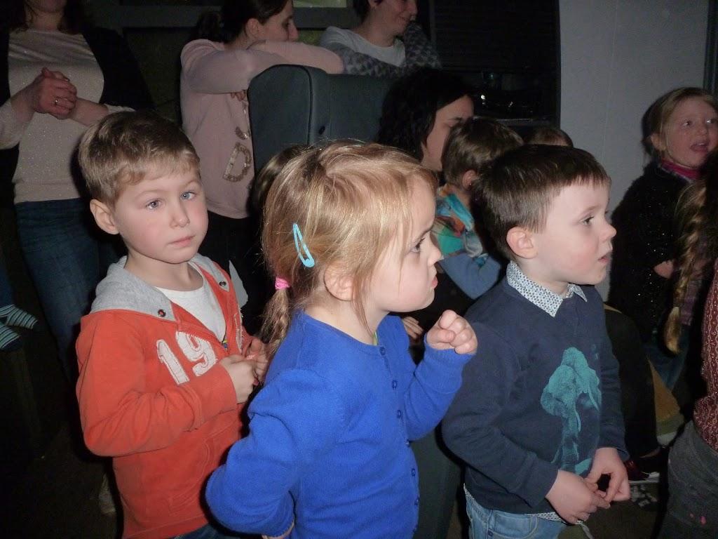 Leefgroep 1 op bezoek in een muziekkamer - P1080934.JPG