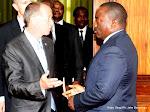 Le Président Joseph Kabila et Martin Kobler, Représentant spécial du Secrétaire général de l'Onu pour la RDC lors de consultations le 11/06/2015 au palais de la nation à Kinshasa. Radio Okapi/Ph. Kokolo