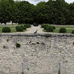 Château de Malesherbes : douves et jardin