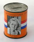Ter herinnering aan het zilveren jubileum 1948-1973. Met H.M. Koningin Juliana. Uitgegeven door Gemeente Hoogeveen.