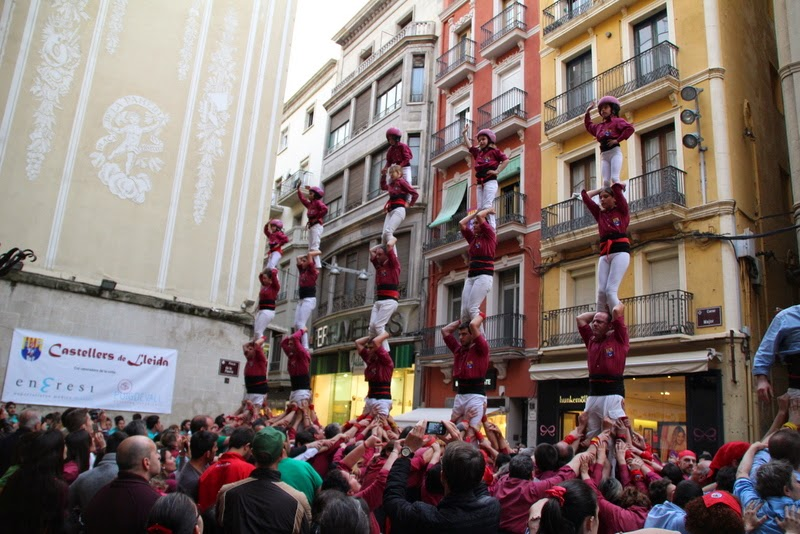 Actuació 20è Aniversari Castellers de Lleida Paeria 11-04-15 - IMG_9034.jpg