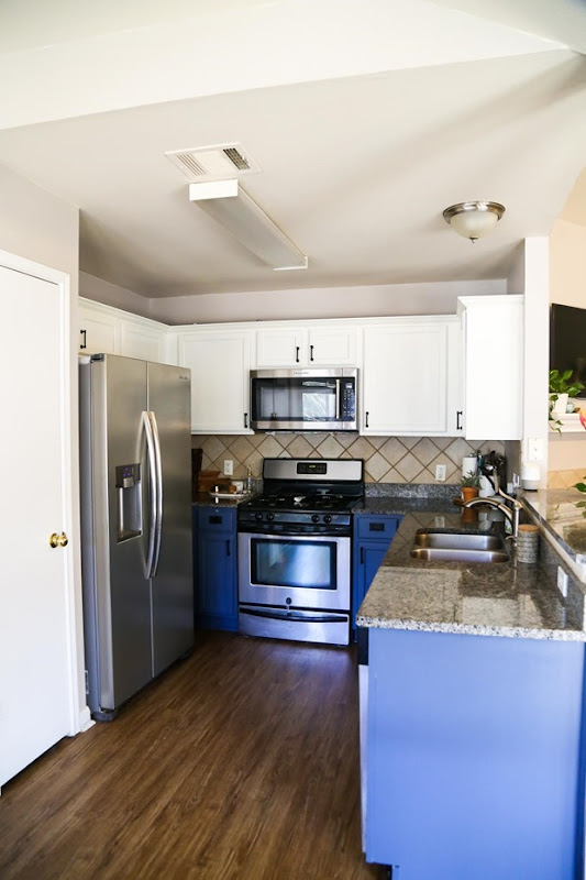 paint-kitchen-cabinets-3-of-13