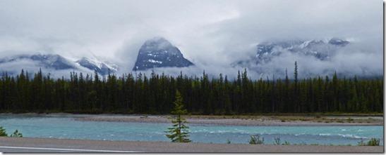 Clouds hiding Mountains, Banff/Jasper National Park
