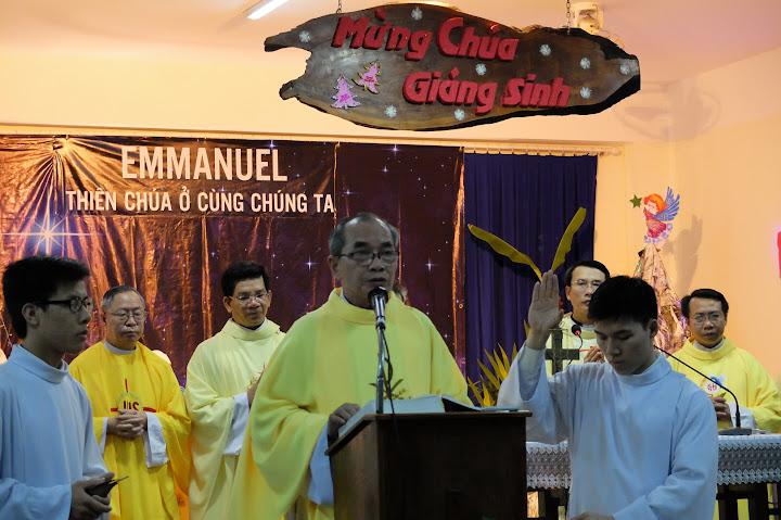 Hình ảnh thánh lễ đêm Giáng sinh tại Tòa Giám Mục Nha Trang