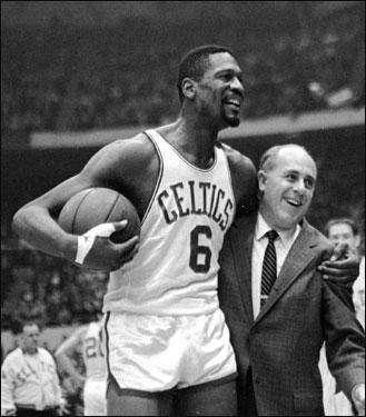 Bill Russell con coach Auerbach