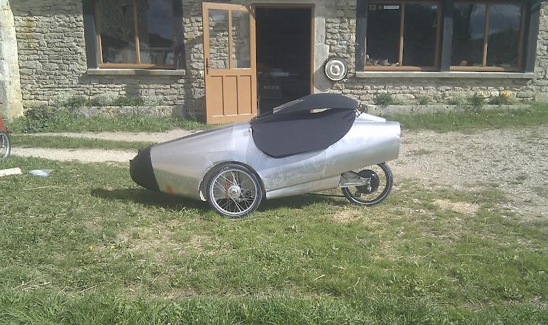 Un vélomobile en Cote d'Or IMAG0954