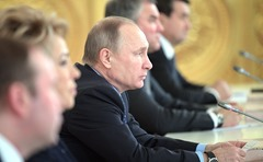 Vladimir-Putin-Ecology-Meeting-1