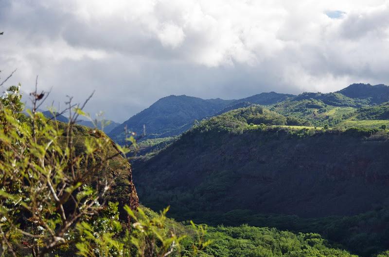 06-28-13 Na Pali Coast - IMGP9884.JPG